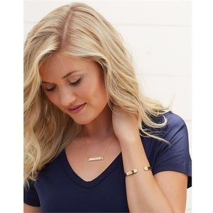 Mud Pie Jewelry - New gold Mom bar necklace stunning
